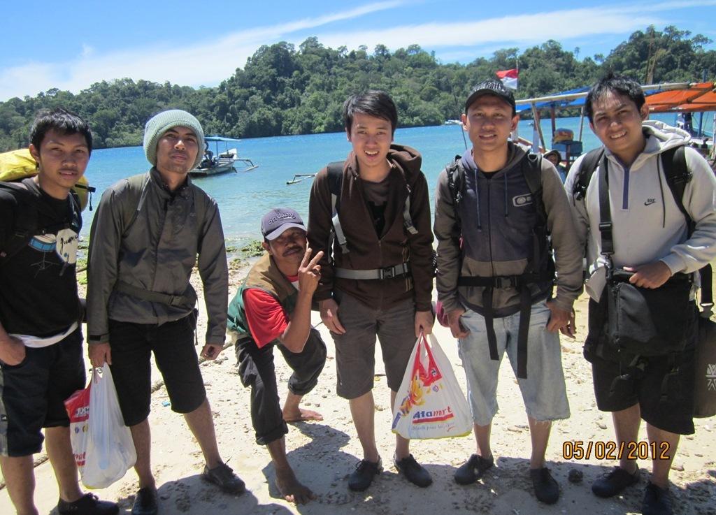 Menjajaki Pulau Sempu,Malang