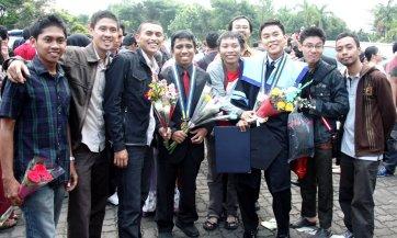 wisuda-maret-2012